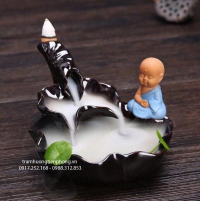 Thác Khói Chú Tiểu Thiền Lá Sen