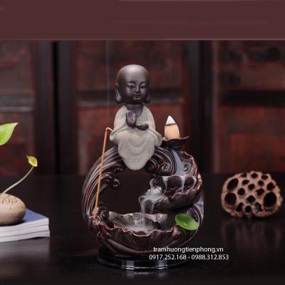 Thác Khói Phật Toạ Sen Trắng