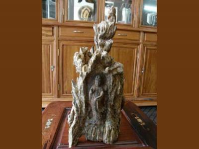 Tượng trầm hương nghệ thuật